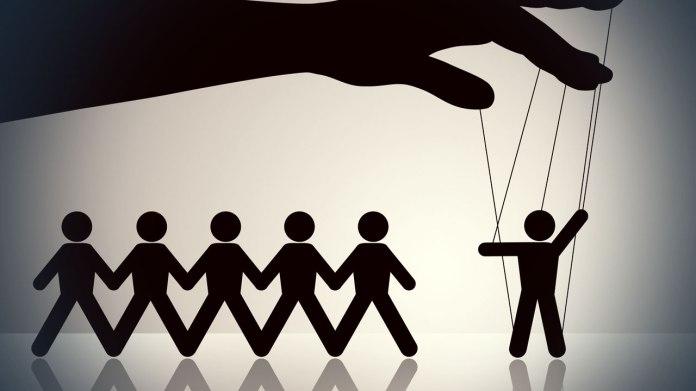Manipulare sociala la scara mica