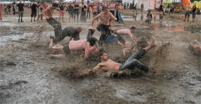 Woodstock_festival_mud