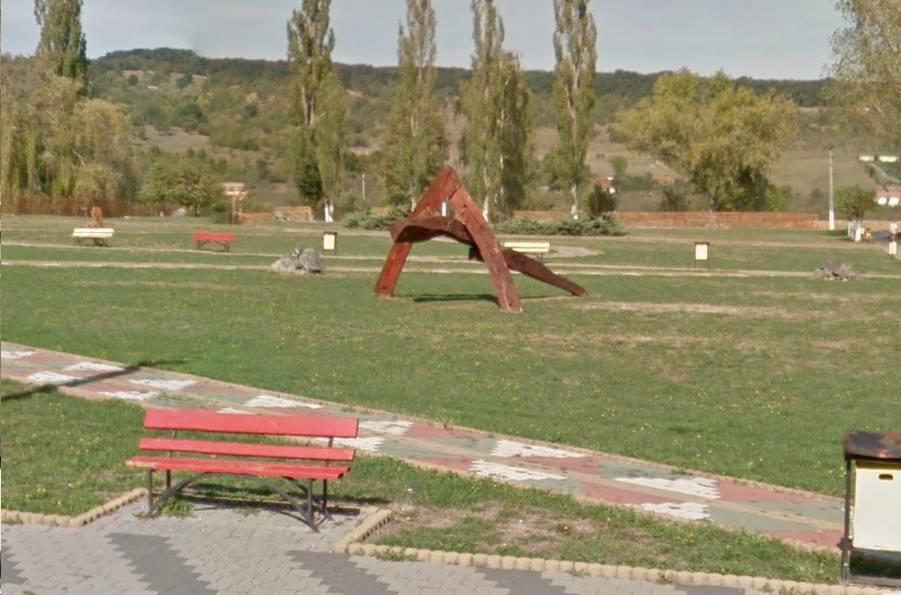 Arta hujiana in parcul Magura