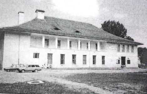 Casa de cultura in 1990